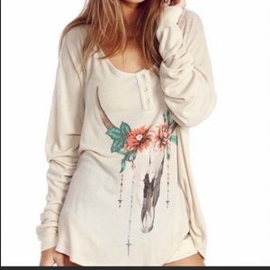 Wildfox Desert Dahlia Cow Skull Thermal Top Size S